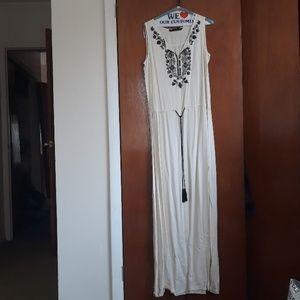 Zara maxi  dress size M
